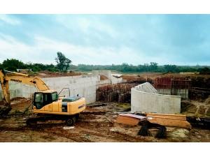 在建的南渡江塘柳塘泵站及沟闸